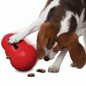 KONG Wobbler игрушка кормушка для собак